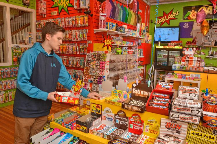 The candy kid: 18-year-old buys Candy Shop